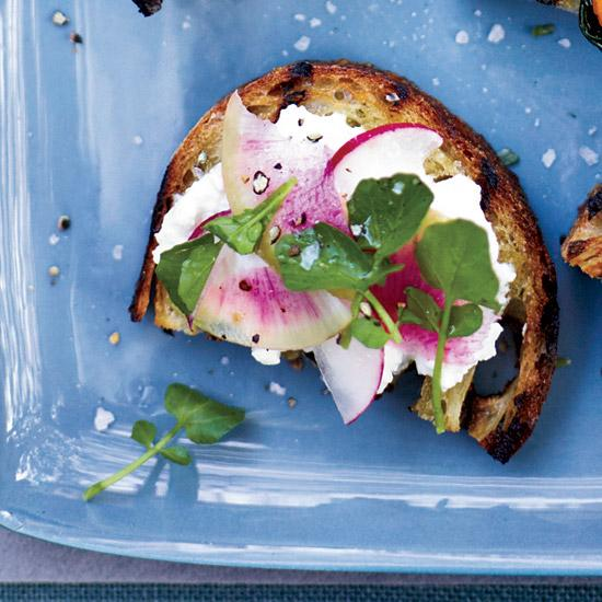 feta-radish-toasts